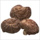 煮物や出し汁や炒め物などの料理が美味しくいただける、国産の良質の干乾椎茸を使用しています。